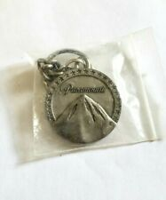 VINTAGE PARAMOUNT PICTURES MOVIE PROMO CAST & CREW PRODUCTION METAL KEYCHAIN MI2