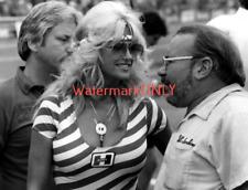 """Linda Vaughn """"Miss Hurst"""" & Bill """"Grumpy"""" Jenkins PHOTO! #(86b)"""