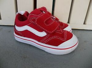 NWT VANS GIRLS TODDLER COMFY CUSHNEW SKOOL SNEAKERS/SHOES.SIZE 5.NEW FOR 2021.