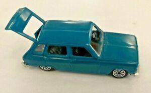 Norev n°162, série les miniatures, Renault R6 bleue, 1/43e