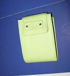 New Buxton Womens High Quality Leather Convertible Billfold Wallet Lime Green