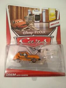 DISNEY PIXAR CARS DELUXE LEMONS GREM WITH CAMERA