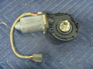 90-09 10 11 Ford Crown Victoria Lincoln Town Car Mercury Window Lift Motor OEM