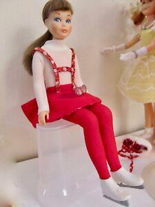 Vintage  Barbie Doll SkippeTNT Bendable Knees In Original #1908 Skating Fun