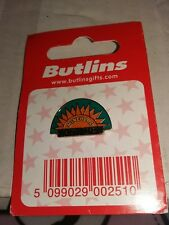 Butlins Minehead Sunshine Pin Badge Brand New