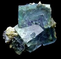 99.3g Rare Transparent Blue Cube Fluorite Mineral Crystal Specimen/China  Y01006
