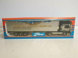 Tekno Scania Truck & Trailer Plokker Pallets Someren