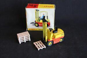 Dinky Conveyancer CG4 Fork Lift Truck with 5 (Siku) pallets #404 (J&KvW)