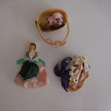 2 poupées personnages + 1 chien de compagnie collection tradition fait main XXe