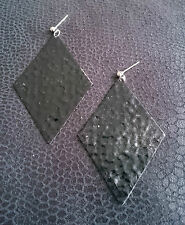 Black hammered effect enamel large diamond shaped dangley earrings (blk 272)