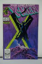 MARVEL COMICS (22) THE UNCANNY XMEN 251 APPROXIMATELY A 9.6