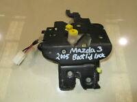 GENUINE  2005 Mazda 3  SP25  Boot Lock