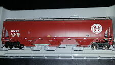 Athearn Genesis BNSF trinity 5161 cu. ft. covered hopper