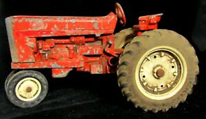 Vintage Ertl 1/16 Scale Die Cast Tractor, IH Farmall Narrow Front