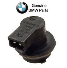 For BMW E39 525i 528i 530i 540i Sedan Bulb Socket for Third Brake Light Genuine