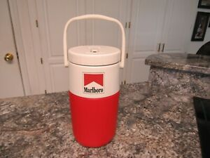 Coleman 1/2 Gallon Water Jug 5590 Thermos Cooler Marlboro Red Top Cigarette Logo