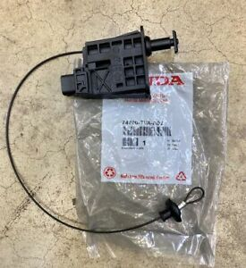 Genuine Honda Accord Fuel Lid Gas Door Actuator Assembly 74700-TVA-A02 18 - 20