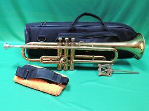 Holton 1952🎺 Collegiate Refurbished Trumpet with Gig Bag and MP Ser #240653