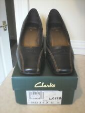 BN IN BOX CLARKS BLACK LEATHER SHOES CALLED CESAR WIDE SLIM 2.5 INCH HEEL SZ 5.5