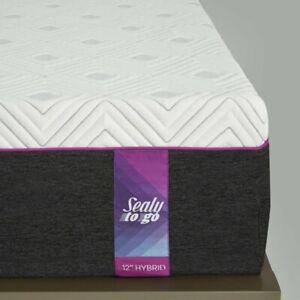 "Sealy 12"" Medium Hybrid Mattress White - California King"