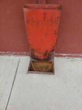 Red Metal Stand Up Wall Mount Hog Feeder 28 12 Flower Garden Fence Decor 4