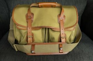 Billingham 550 shoulder bag in pristine condition