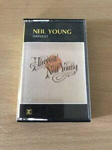 music cassettes Neil Young Album Harvest Like New