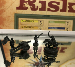 2003 PARKER BROS GAMES: RISK GAME PIECE LOT (GRAY FIGURES) PRE OWNED