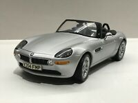 The World Is Not Enough James Bond Edition BMW Z8 1:18 - Kyosho