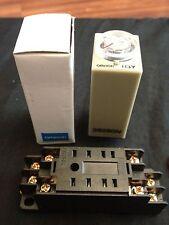 OMRON Timer H3Y-2 DC 12V 10m 10min 0-10min base socket New Minute b8