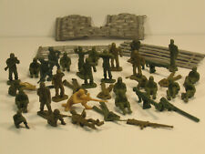 WWII Plastic Army Men 2 inch Mixed Lot of 32 and Scenery Vintage