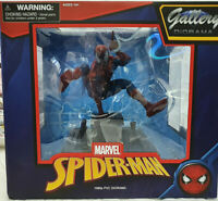 Spider-Man 1990s PVC Diorama Marvel Spiderman  - Diamond Select Statua PVC 23cm