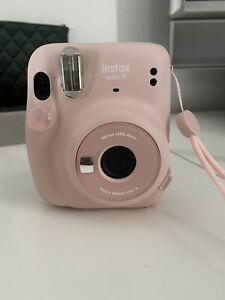 instax mini 11 camera