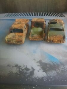 Slot car  Ford, Holden rusty wrecks car body's for track diearamers