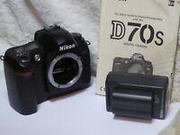 Nikon D D70s 6.1MP Digital SLR Camera - Black (Body only) very low shutter count