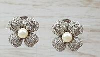 Vintage Silvertone 3D relief Rhinestone Faux Pearl Clip on Earrings