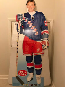 Wayne Gretzky Post Standee (rare)