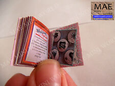 11 Cupcake Ideas, Mini book. 1/12 scale.Opening book with 24 illustrated pages