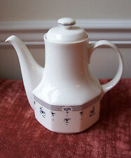 ROYAL DOULTON CALICO BLUE COFFEE TEA POT AND LID BLUE FLORAL ENGLAND FLOWER