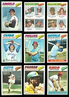 1977 Topps complete set in Ultra Pro pages & binder (660 cards) Dawson RC NMMT++