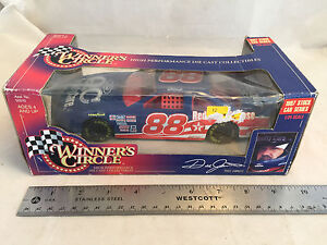 1997 Winners Circle Dale Jarrett #88 Quality Care QC Ford NASCAR 1:24 Scale