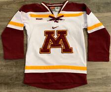 TEAM NIKE Minnesota Golden Gophers NCAA Hockey Jersey YOUTH Size 6 WCHA Goldy