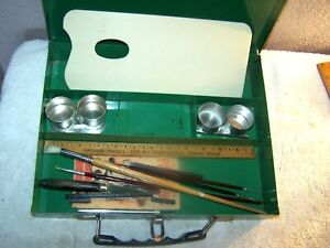 Vintage Atco N. J. Artist Paint & Brush heavy metal storage box