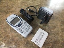 100% Original Nokia 3310 Hellgrau Handy ABSOLUT Neu NEW Kult Phone m. Ladegerät