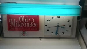 """1962 Old Milwaukee Beer Lighted Clock Sign Works Great Look Great 25"""" X 12"""" H1"""