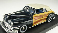 VITESSE 491 - CHRYSLER Town & Country closed Cabriolet blau - 1:43 Modellauto