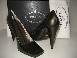 NEW PRADA Women US 7.5 EU 38 Grafite Gray Patent Leather Pumps High Heel Shoes