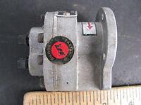EASTERN AIRCRAFT HYDRAULIC PUMP Model 1261-21 vintage PIPER