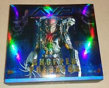 HOT TOYS AVP Requiem Alien vs Predator CHOPPER Sideshow MMS15 -  BRAND NEW