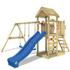 WICKEY Spielturm Kletterturm MultiFlyer Holzdach mit Schaukel & blauer Rutsche